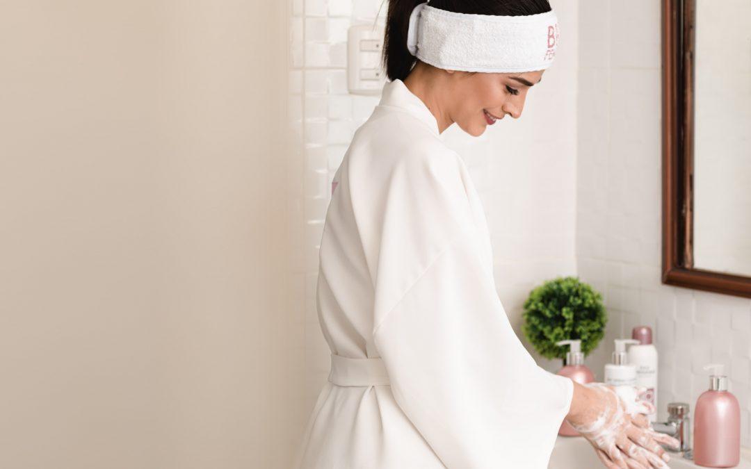 El lavado de manos excesivo ¿Amigo o enemigo de nuestra piel?